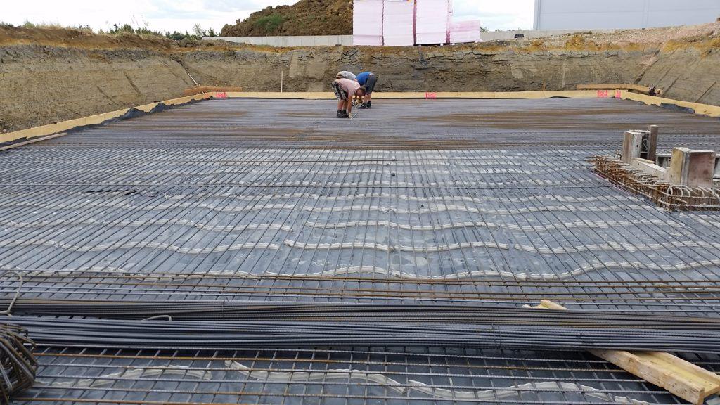 Wohnungsbau Unterzüge Bodenplatte Kellerwände Rundstahl Mattenstahl Eisenflechterei